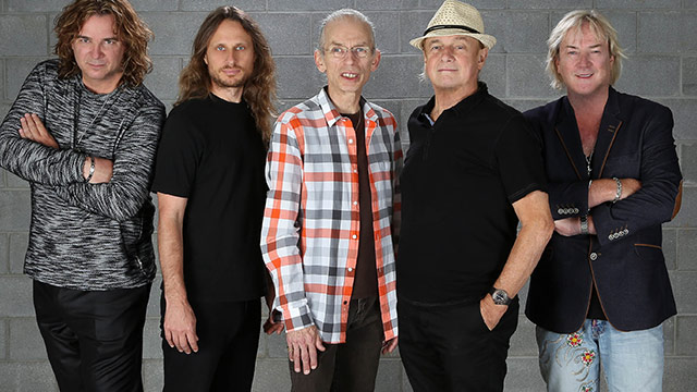 Yes' Steve Howe Still Loves the Guitar, Won't Be Sunbathing on the Yes Cruise