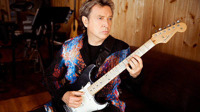 Andy Summers Embraces the Exotic on 'Triboluminescence'