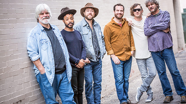 Song Premiere: Leftover Salmon,