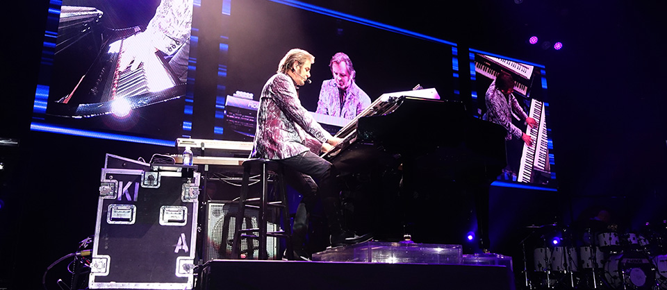From Standards to Stadiums, Journey's Jonathan Cain Retraces His Steps