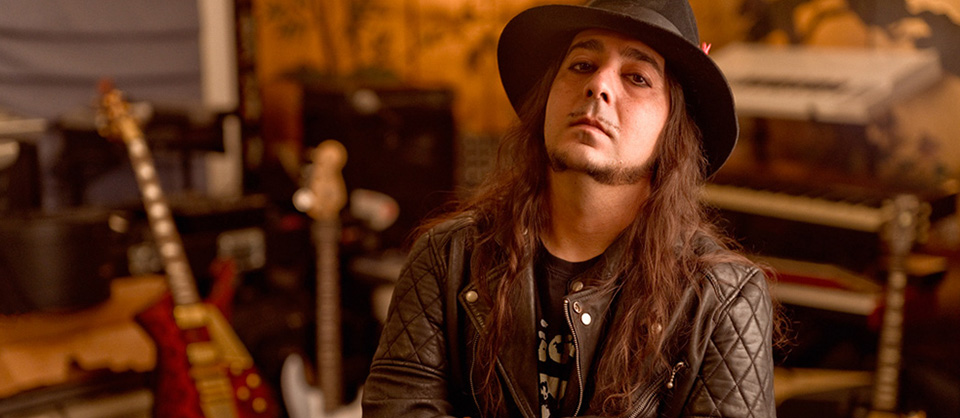 Daron Malakian on Songs, Sports, and Huge Guitar Picks