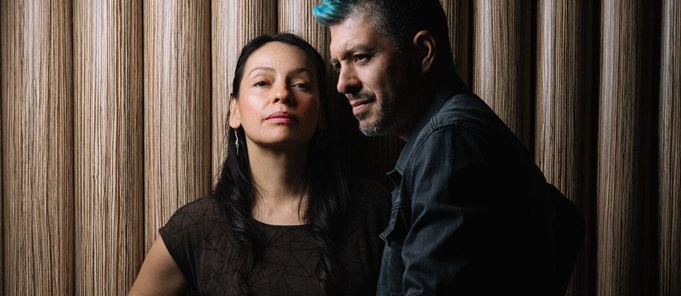 """How Rodrigo y Gabriela Tackled Pink Floyd's Daunting """"Echoes"""""""