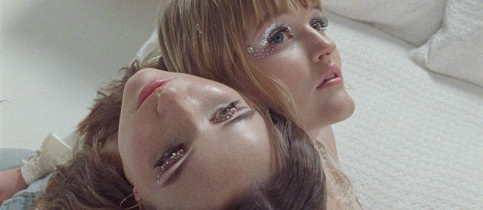 Mady and Kaitlyn Dever Strengthen Their Sisterly Bond in Beulahbelle