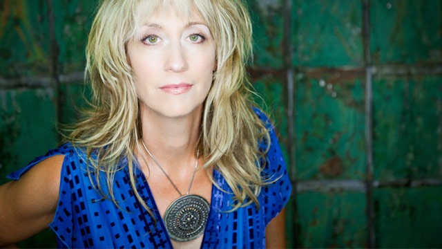 Song Premiere: Amy Speace's Eerie