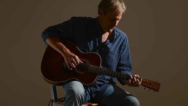 Jeff Daniels Reflects on His Musical Roots and Shows His Serious Side
