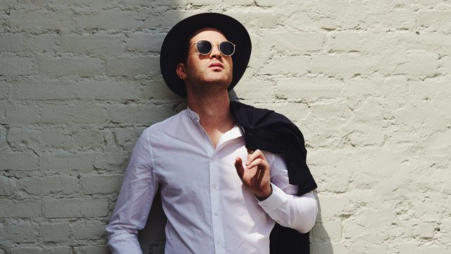 Mayer Hawthorne Strives To Put On
