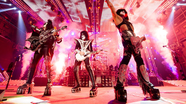 Paul Stanley Of Kiss On Guitar Smashing Phones At Concerts And Why He Doesnt Swear Onstage