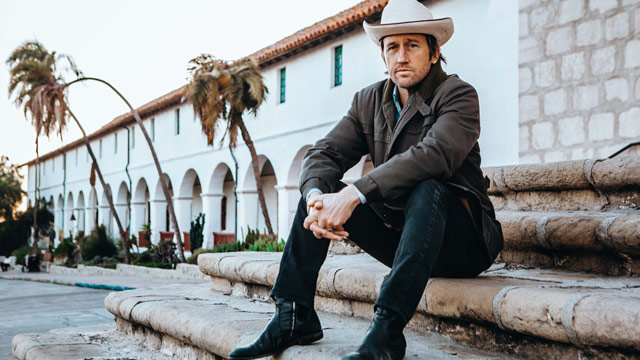 Chris Shiflett Embraces the Twang on New Solo LP 'West Coast Town'