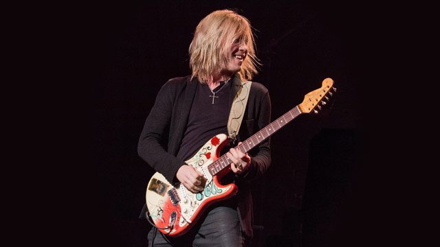 Kenny Wayne Shepherd Continues to Steer His Own Ship With 'Lay It On Down'