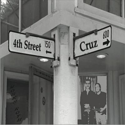 4Th & Cruz